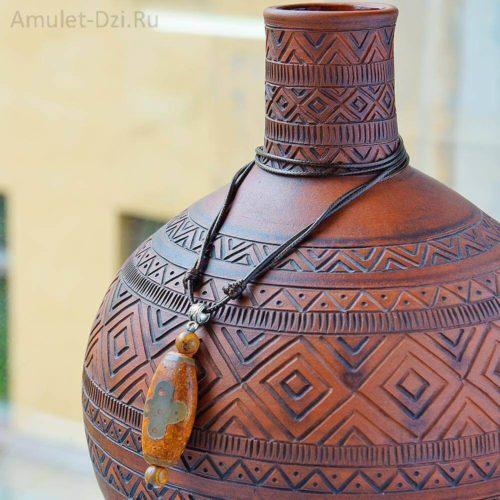 Бусина Дзи «Гаруда» в виде кулона