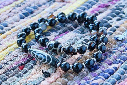 Бусина Дзи «Кундалини» в браслете из черного агата
