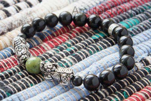 Бусины Пи Яо серебряные в браслете из обсидиана и нефрита